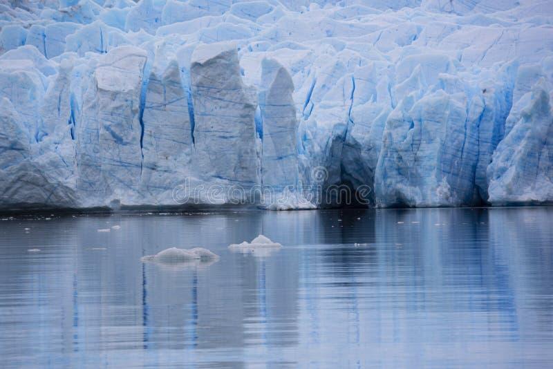 Glaciar Upsala i Patagonia, Argentina royaltyfri foto