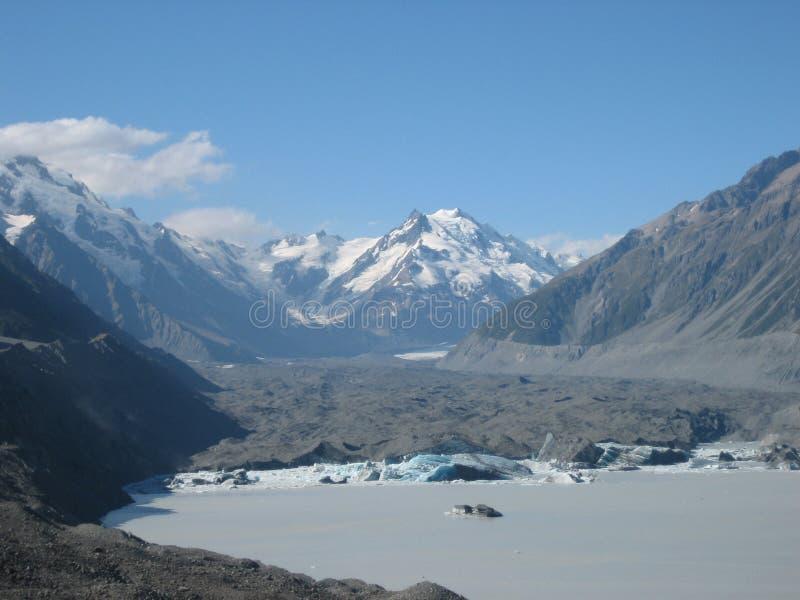 Glaciar y montañas en Nueva Zelanda imagen de archivo libre de regalías