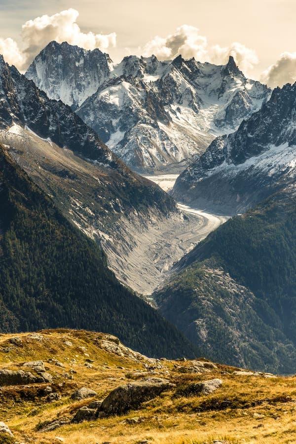 Glacier d Argentiere et Gamme-Frances de montagne photos libres de droits