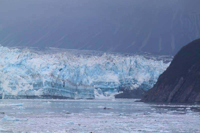 Glacier de Hubbard montrant des couches de croissance photographie stock libre de droits
