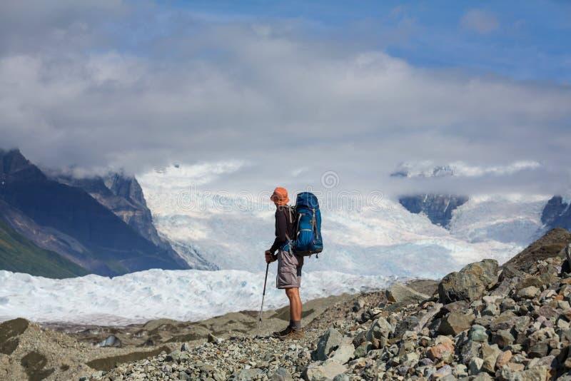 Download Glacier de Kennicott photo stock. Image du conserve, alaska - 76076458