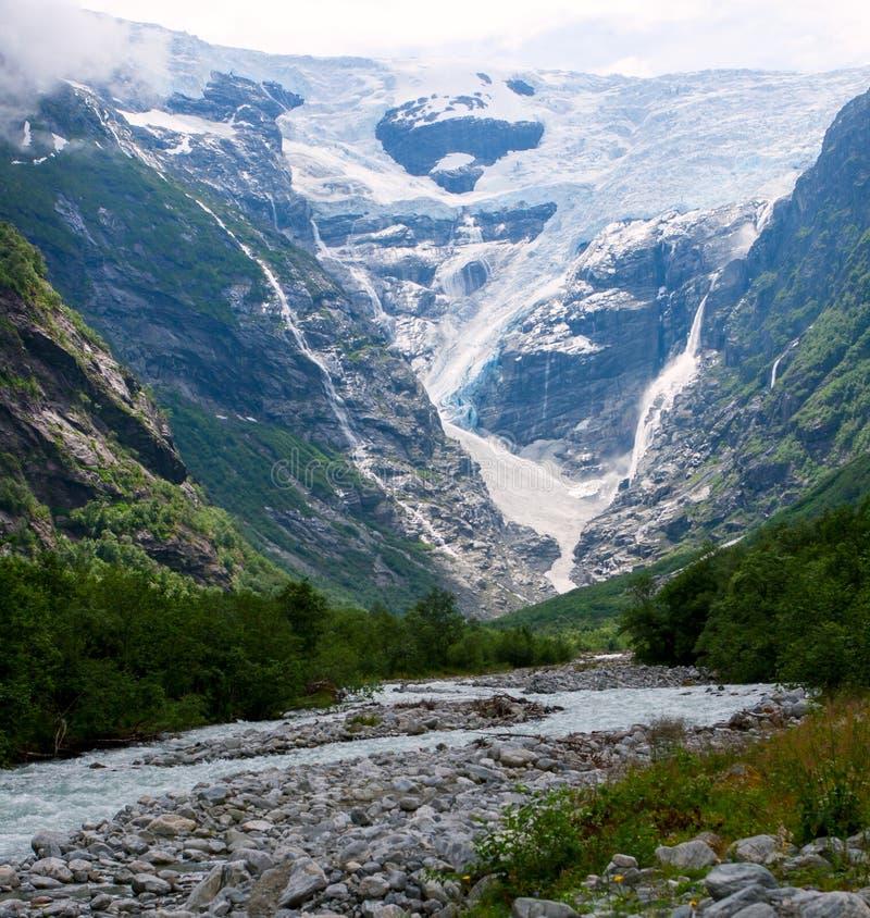 Glacier de Kjenndalen en Norvège image stock