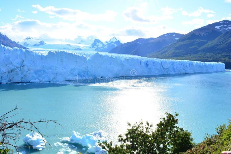Download Glacier De Perito Moreno En EL Calafate, Argentine Image stock - Image du voyage, national: 87703249
