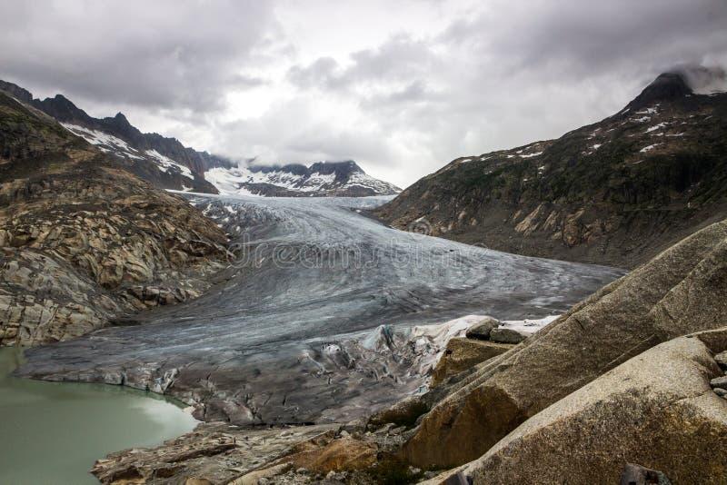 Glacier du Rhône en Suisse dans les Alpes image stock