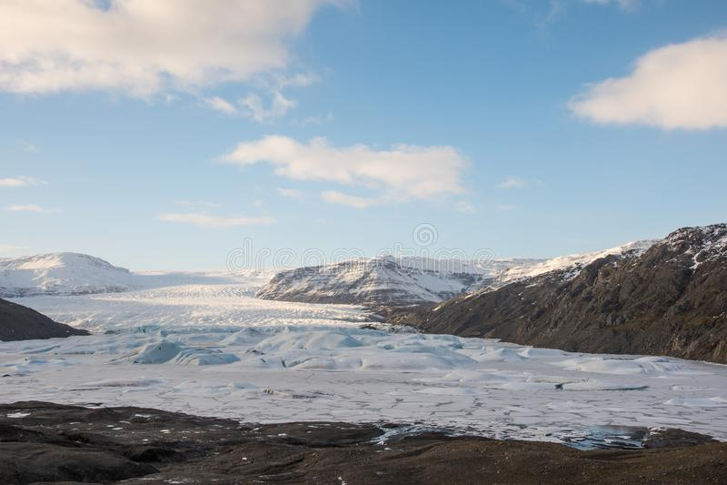 Glacier et lagon de Hoffellsjokull en Islande du Sud images libres de droits