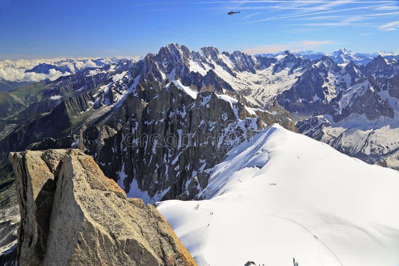 Glacier français de montagnes d'Alpes près d'Aiguille du Midi image libre de droits