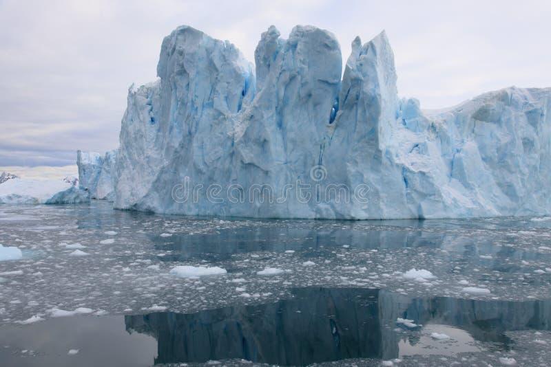 Glacier r3fléchissant photographie stock
