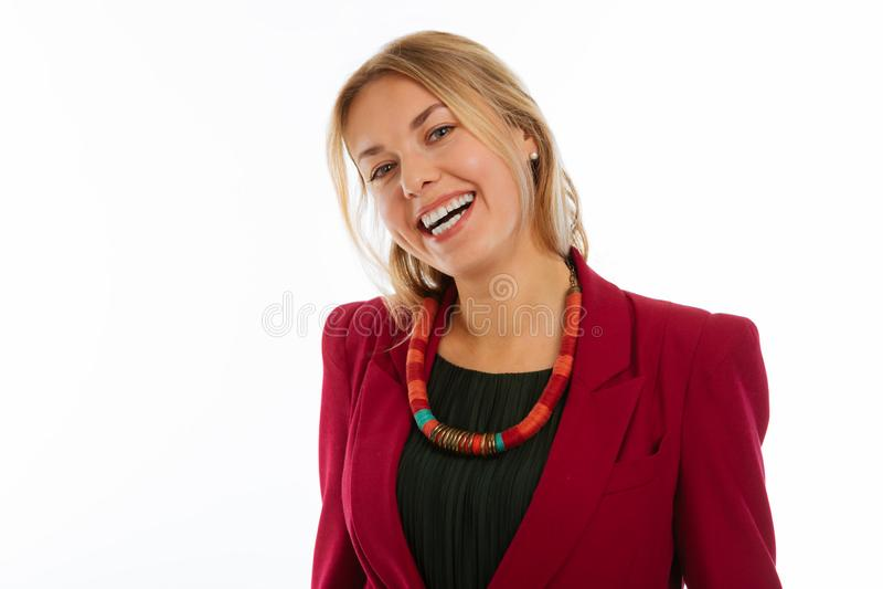 Glad lycklig trevlig affärskvinna som ler till dig arkivbilder