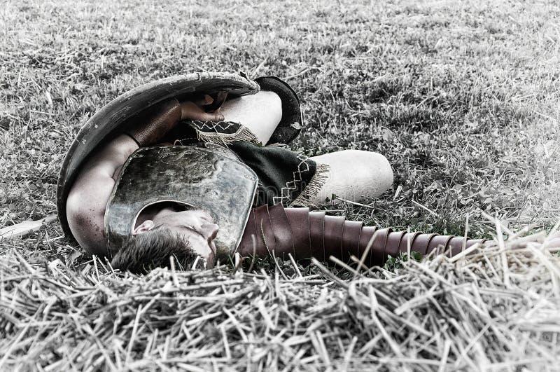 Gladiador massacrado imagens de stock