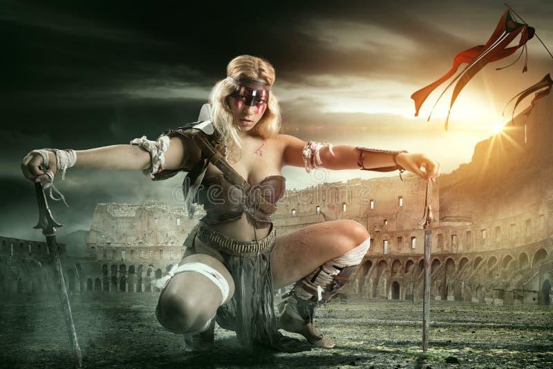 Gladiatore della donna/guerriero antico immagini stock libere da diritti