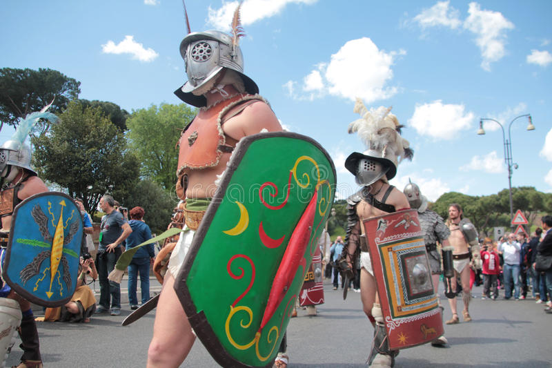 Gladiators παρελάσεων της Ρώμης στοκ εικόνες