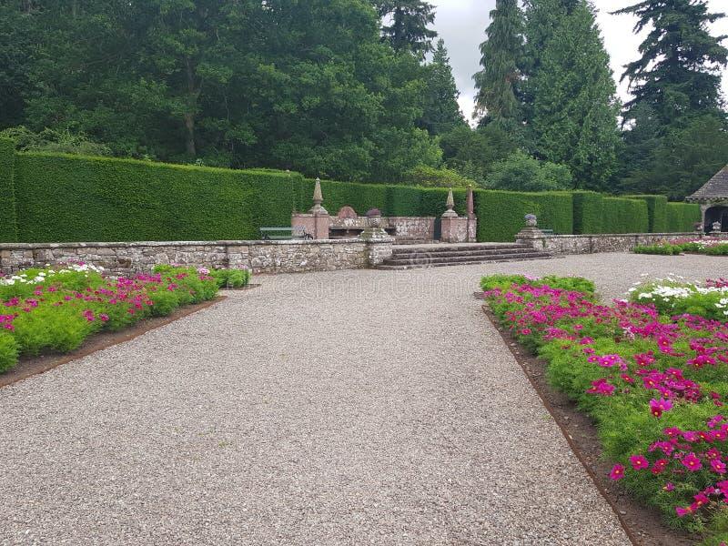 Glamis kasztel - ogródy obraz stock