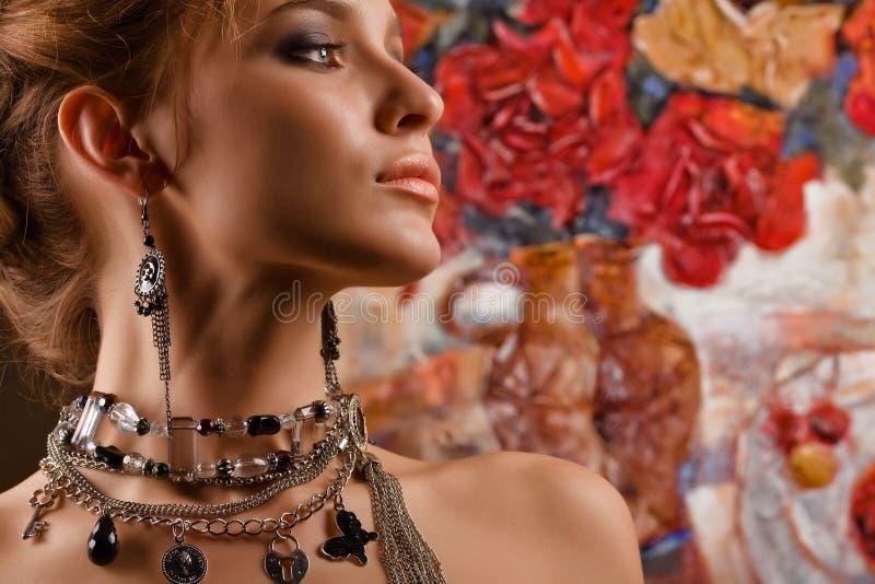 glamorös kvinna royaltyfria foton
