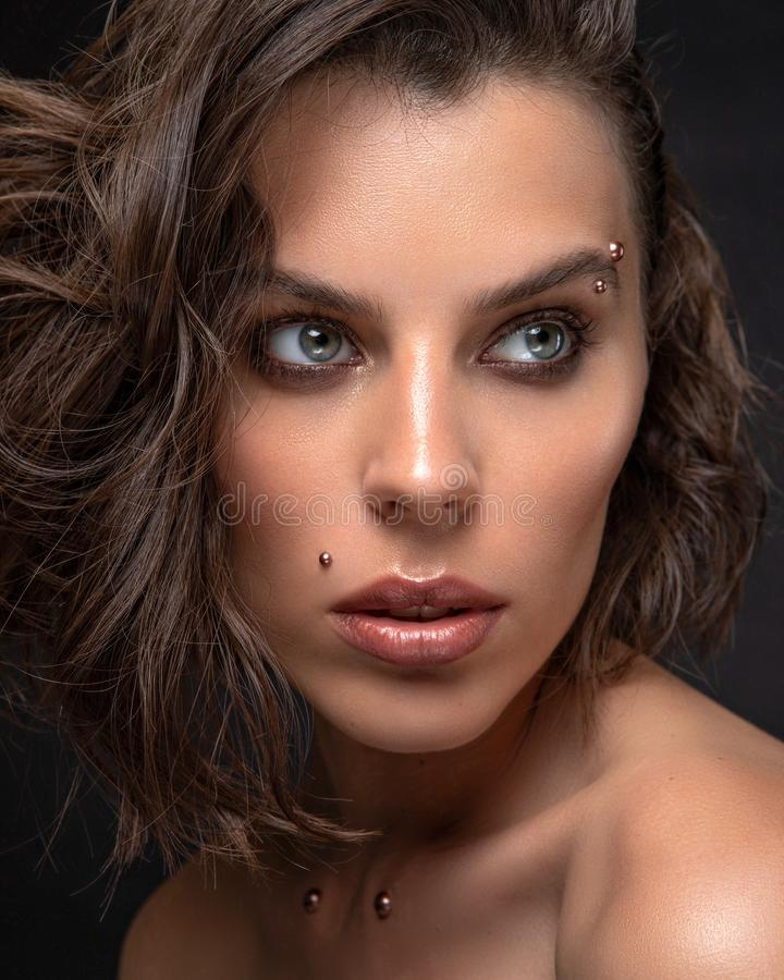 Glamorös skönhetsbild av vackra kvinnor arkivbild
