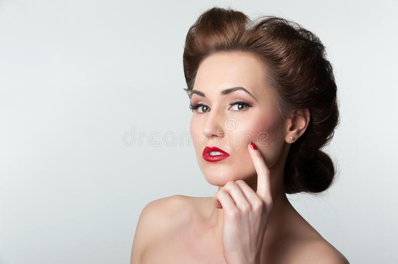 Download Beautiful Vintage Woman Portrait With Forties Hairstyle Stock Photo - Image: 30137396