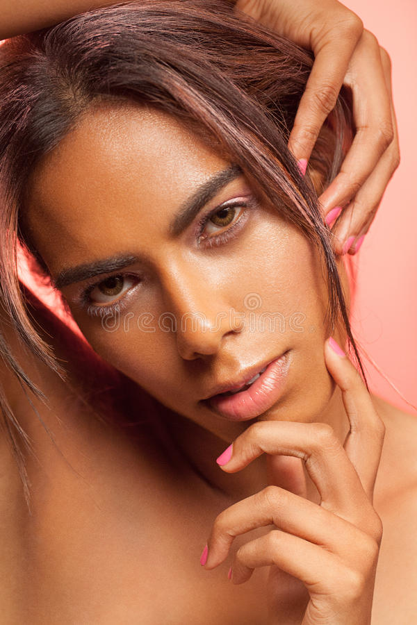 Glamourportret van sensuele vrouw stock fotografie