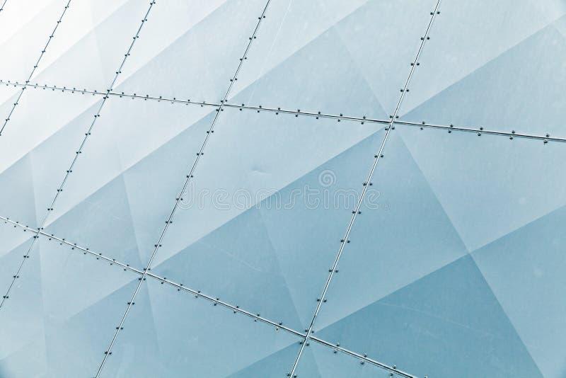 Glanzende blauwe moderne metaalmuurvoorgevel stock afbeeldingen
