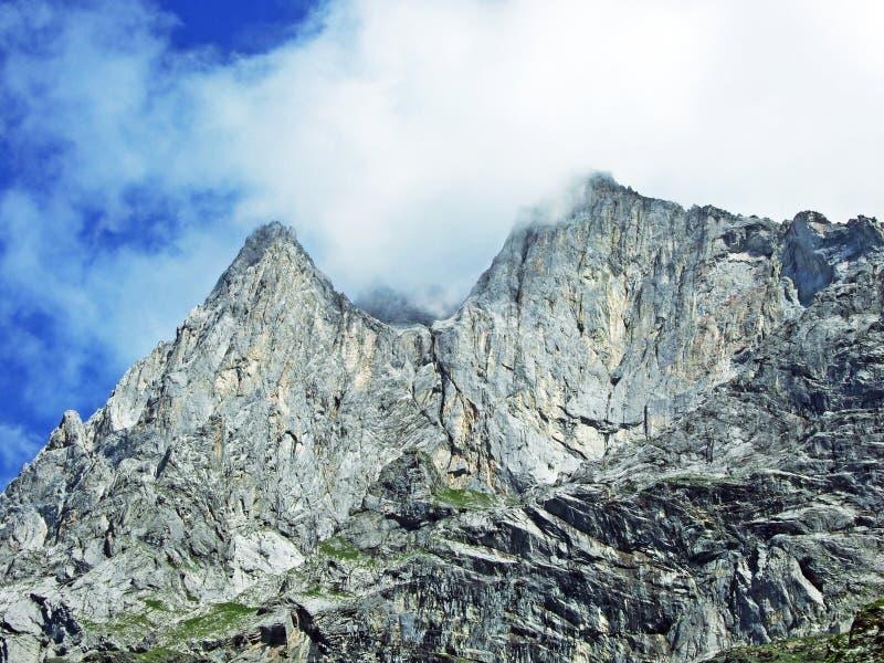Glarner Vorab Westwand eller Vorab-Westwand, alm arkivfoton