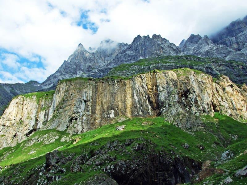 Glarner Vorab Westwand eller Vorab-Westwand, alm arkivbilder