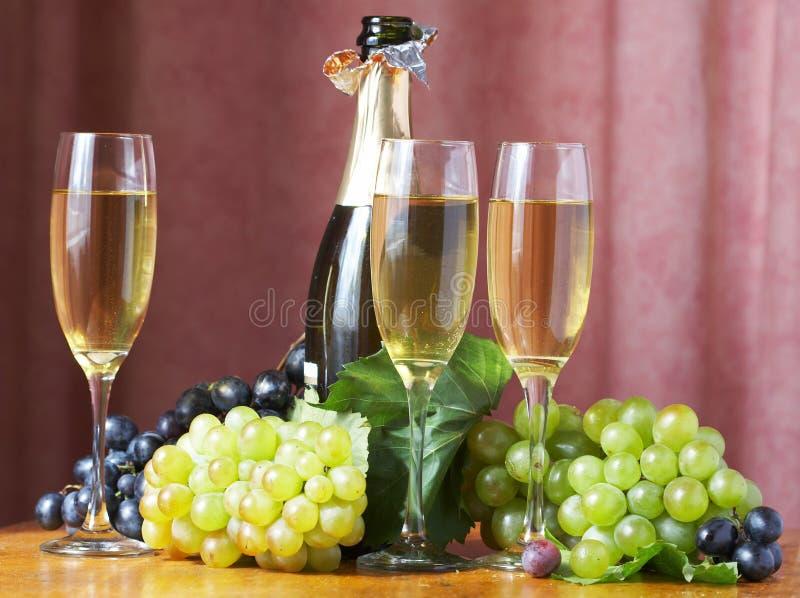 Glas bereiten Sie für Feiertag vor lizenzfreie stockfotos