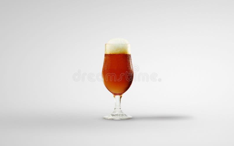 Glas Bier lokalisiert auf Hintergrund Über Weiß lizenzfreie stockfotografie