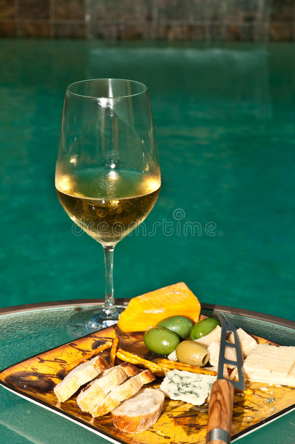 Glas champagne met horderves royalty-vrije stock afbeelding