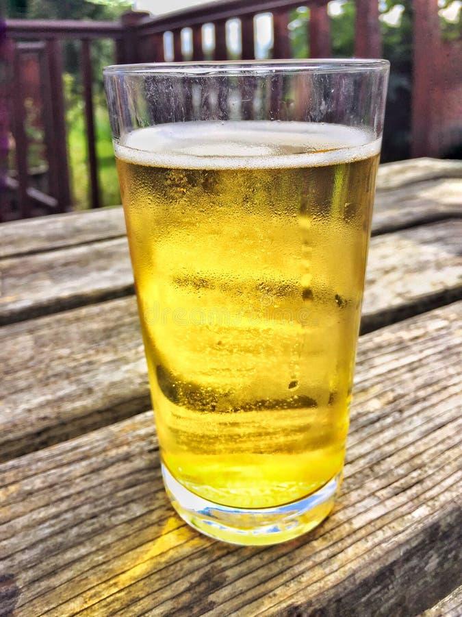 Glas cider stock afbeelding