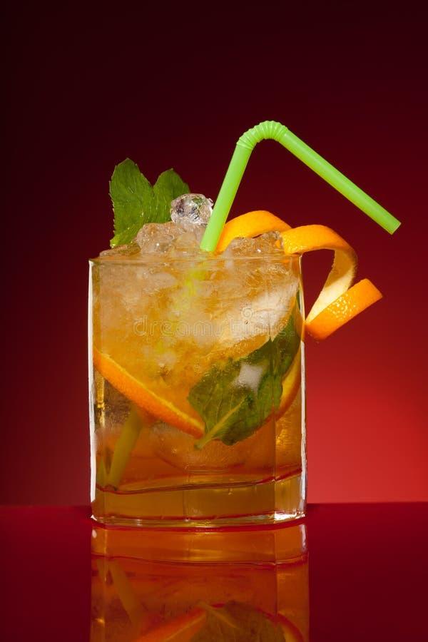 Glas des orange Cocktails stockbilder