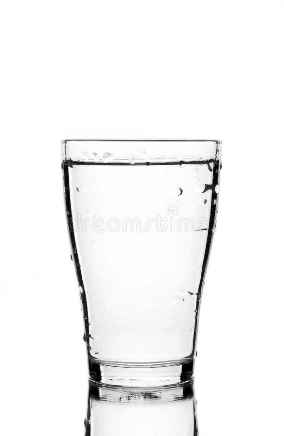 Glas des Wassers lizenzfreies stockfoto