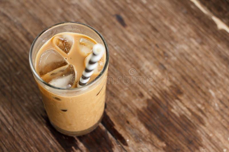 Glas kalter Kaffee lizenzfreie stockfotografie