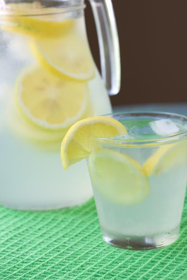 Glas limonade stock foto