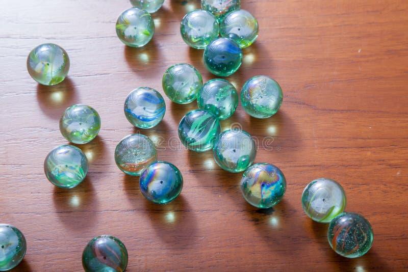 Download Glas marmeren ballen stock afbeelding. Afbeelding bestaande uit glanzend - 54075149