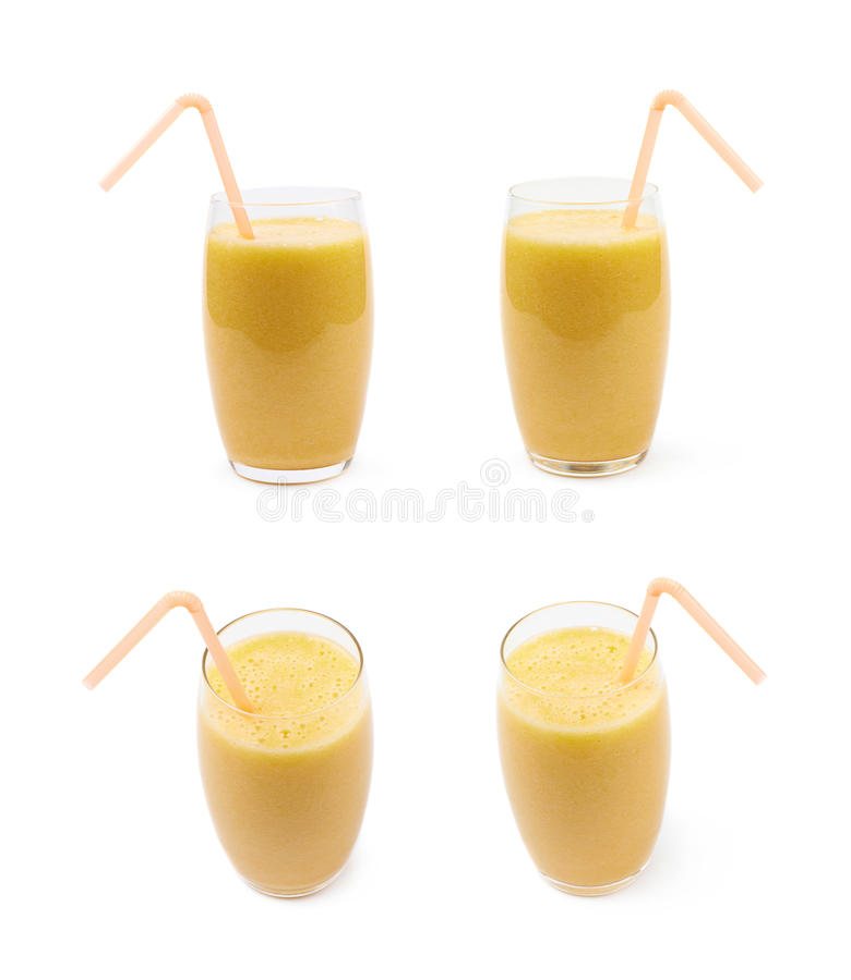 Glas met geïsoleerde die smoothie wordt gevuld royalty-vrije stock foto's