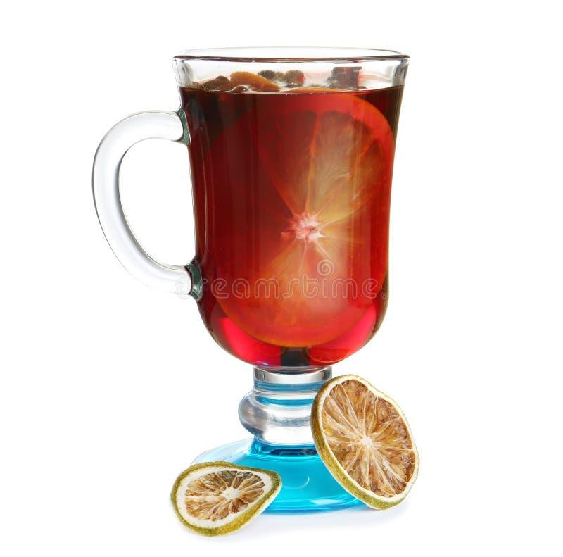Glas met rode overwogen wijn royalty-vrije stock afbeeldingen
