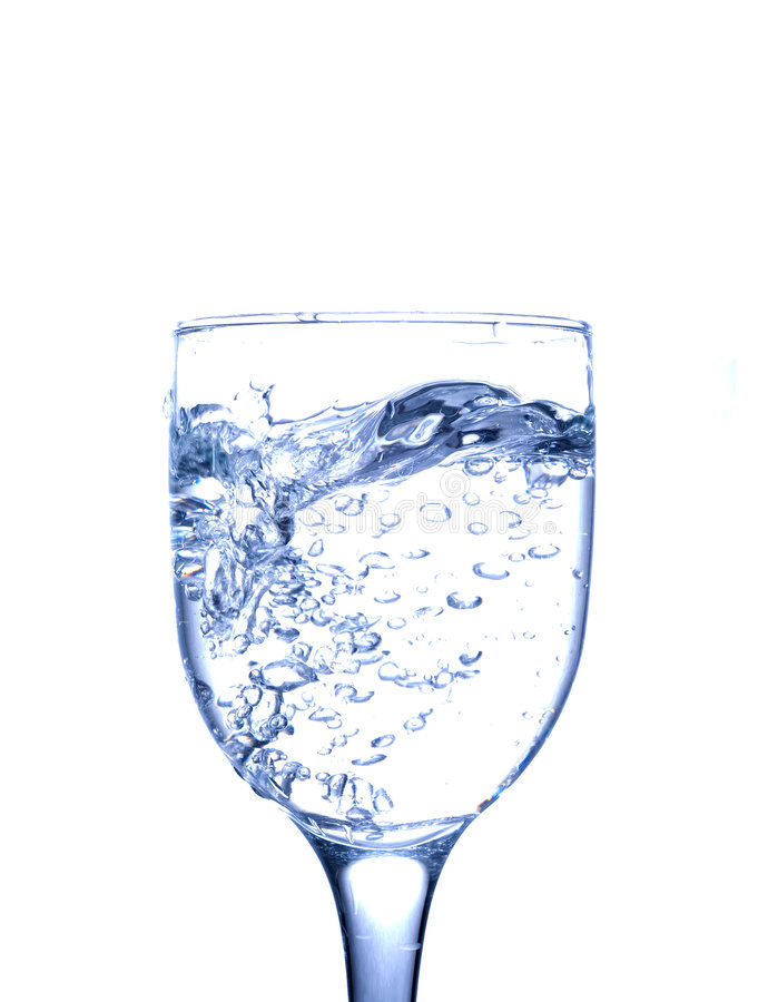 Glas mit freiem Wasser stockbild