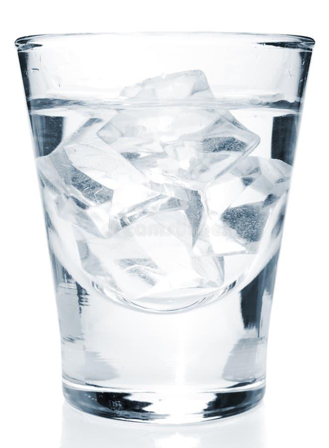 Glas mit Getränkgetränk lizenzfreies stockfoto