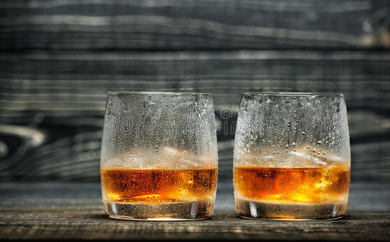 Glas Schnaps stockfotos