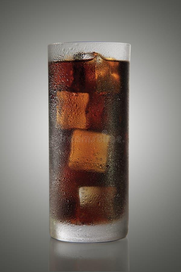Glas Soda erneuern lizenzfreie stockfotos