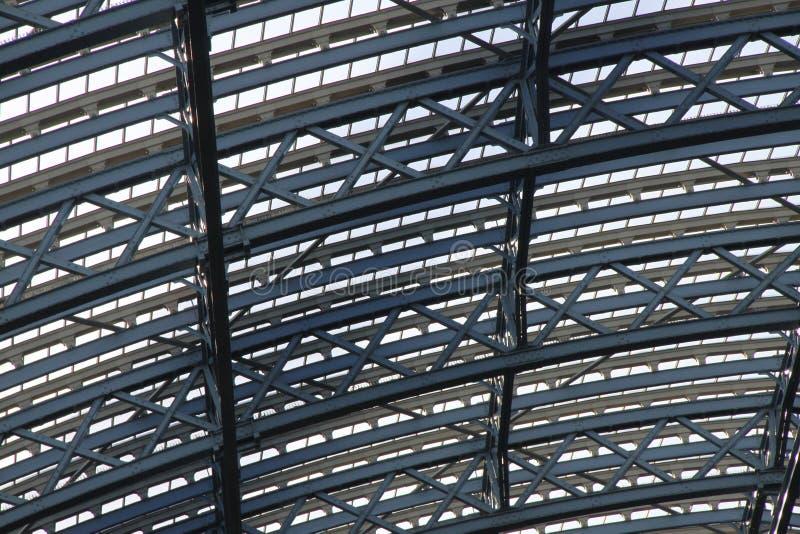 Glas und Stahl lizenzfreie stockfotos