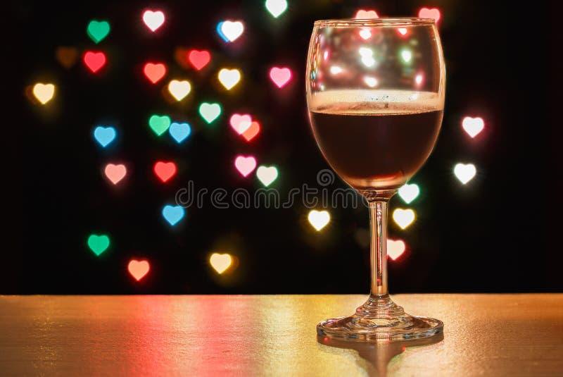 Glas van wijnrood stock foto's