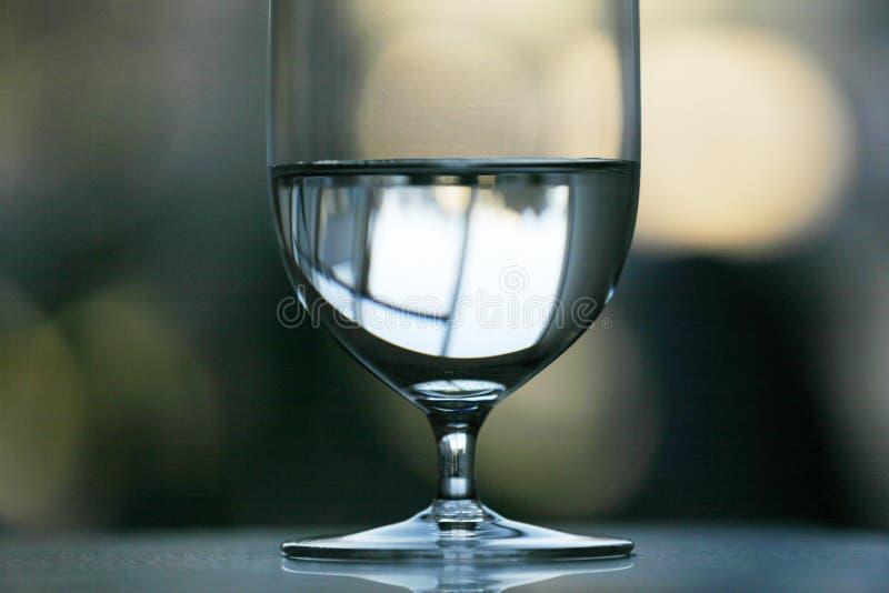 Glas Wasser stockfotografie