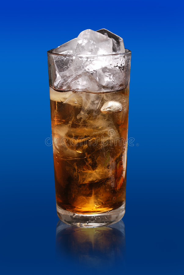 Glasalkoholfreies Getränk stockfotos