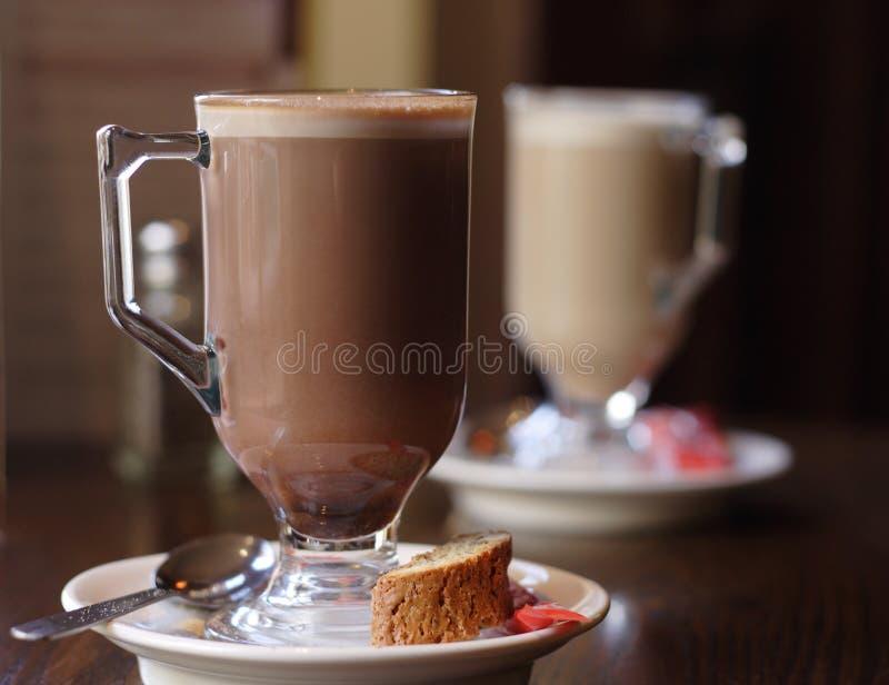 Glasbecher Kaffee lizenzfreie stockfotos