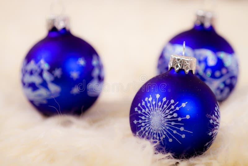 Glasfühler des Baums blaues Weihnachts stockbild