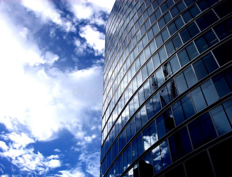 Glasgebäude 200 lizenzfreie stockbilder
