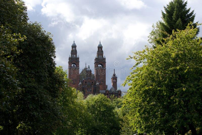 Glasgow, Esc?cia, o 8 de setembro de 2013, o Kelvingrove Art Gallery e museu perto do parque de Kelvingrove, Argyle Street foto de stock