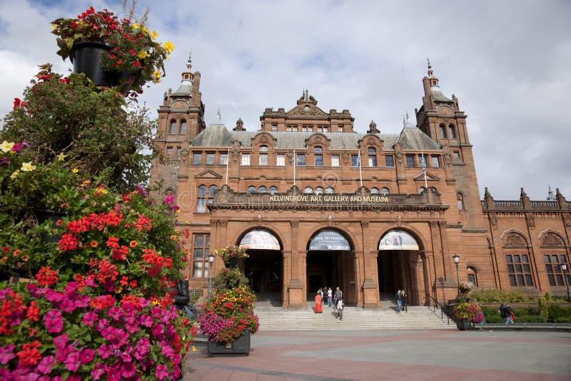 Glasgow, l'Ecosse, le 8 septembre 2013, le Kelvingrove Art Gallery et mus?e pr?s de parc de Kelvingrove, Argyle Street images libres de droits