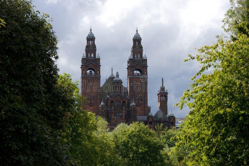 Glasgow, la Scozia, l'8 settembre 2013, il Kelvingrove Art Gallery e museo vicino al parco di Kelvingrove, Argyle Street immagini stock libere da diritti