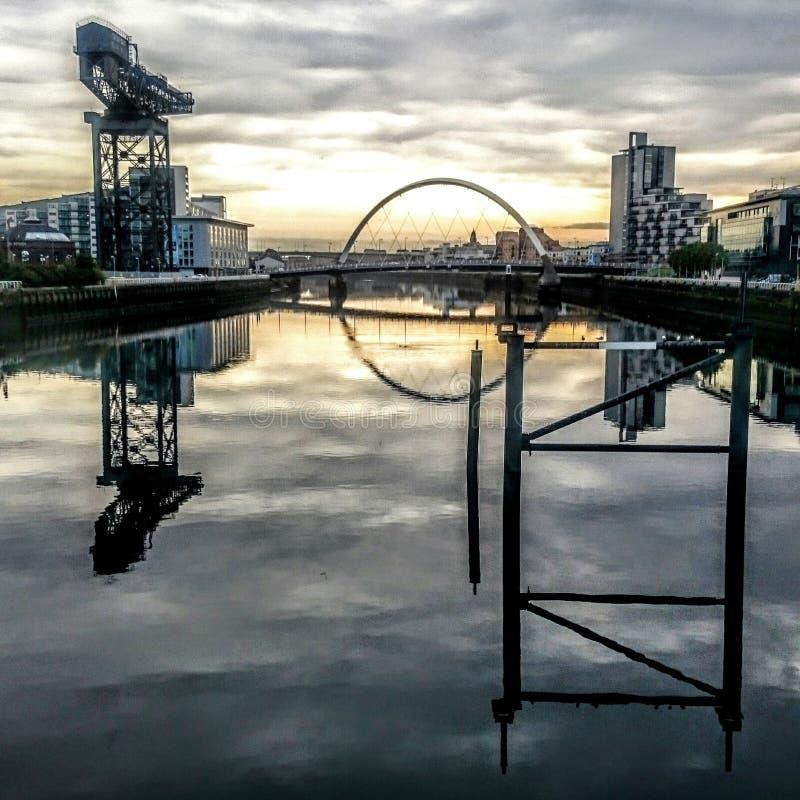 Glasgow Scotland-zonsopgang royalty-vrije stock afbeeldingen
