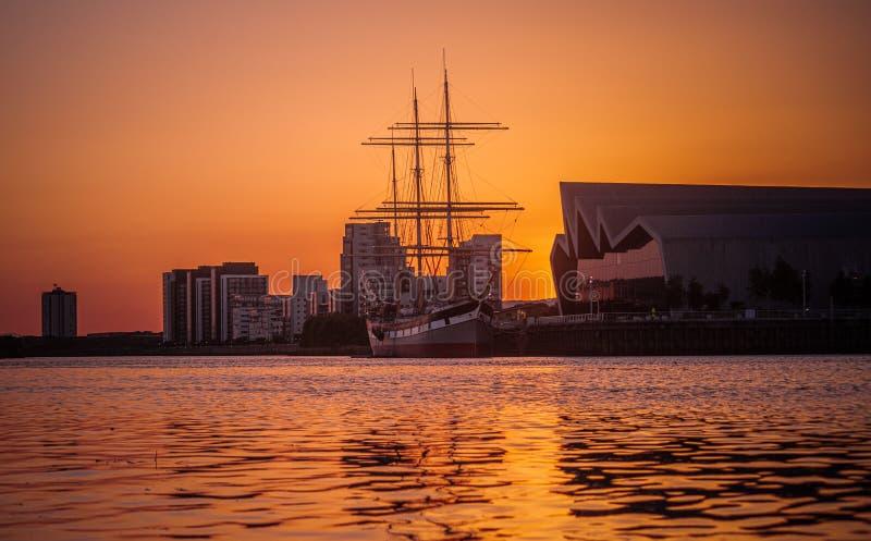 Glasgow Tall Ship i Riverside Museum w Sunset zdjęcie stock